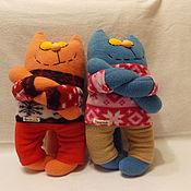 Куклы и игрушки ручной работы. Ярмарка Мастеров - ручная работа Кот-обнимашка из флиса. Handmade.