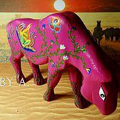 Для дома и интерьера ручной работы. Ярмарка Мастеров - ручная работа Статуэтка фигурка дикая лошадь цветочный принт сафари. Handmade.
