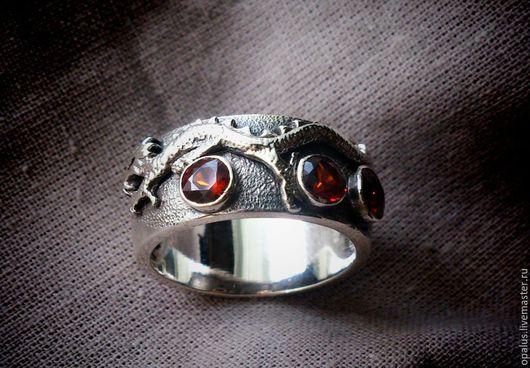 """Украшения для мужчин, ручной работы. Ярмарка Мастеров - ручная работа. Купить Перстень """"Полет дракона"""". Handmade. Мужской перстень, дракончик"""