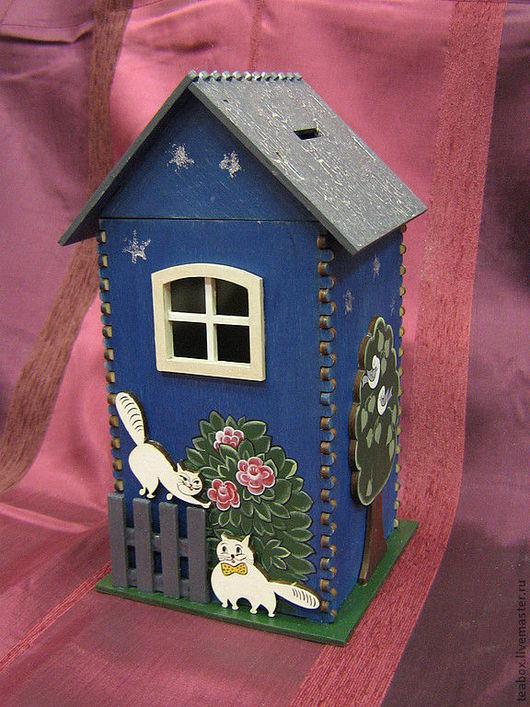 """Персональные подарки ручной работы. Ярмарка Мастеров - ручная работа. Купить Копилка """"Дом под звездным небом"""", уютный и полезный предмет интерьера. Handmade."""