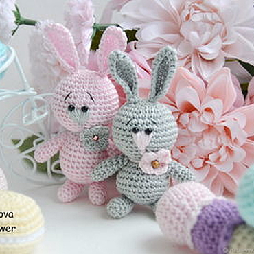 Куклы и игрушки ручной работы. Ярмарка Мастеров - ручная работа Маленькие зайчики вязаные в наличии. Handmade.