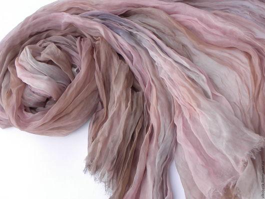 Бохо стиль. Пудрово - розовый. Пыльная роза палантин. Дизайнерский палантин.Шелковый палантин. Авторская роспись. Виктория.