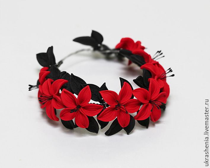Яркий браслет с красными цветами и черными листочками к вечернему платью. С 8 цветками на запястье 18-19см. Цена 1800р На запястье 15-16см и с 6 цветками Цена 1600р