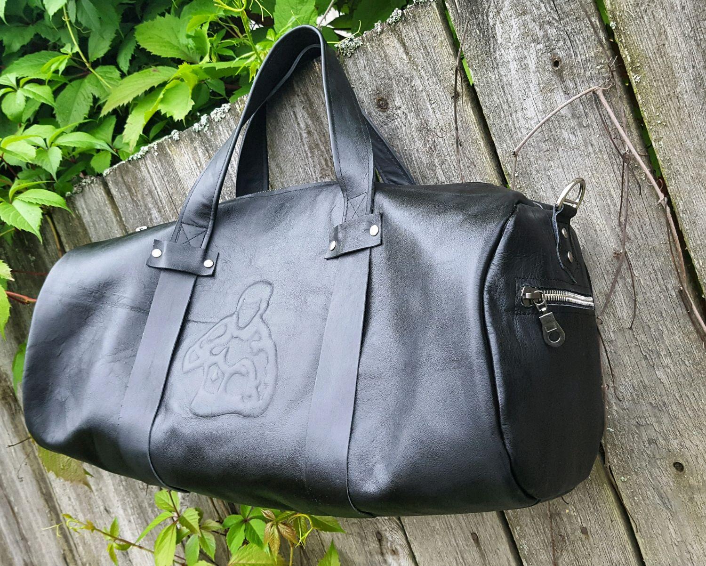 71c174b4aac9 Спортивные сумки ручной работы. Ярмарка Мастеров - ручная работа. Купить  Сумка спортивная из натуральной ...
