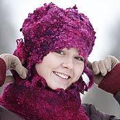 Аксессуары ручной работы. Ярмарка Мастеров - ручная работа Комплект шапка и шарф Ягодка. Handmade.