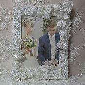 Сувениры и подарки ручной работы. Ярмарка Мастеров - ручная работа Фоторамка свадебная Нежность-атласные розы,бусины,веточки с цветами,те. Handmade.