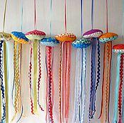 Весёлые медузы и рыбки