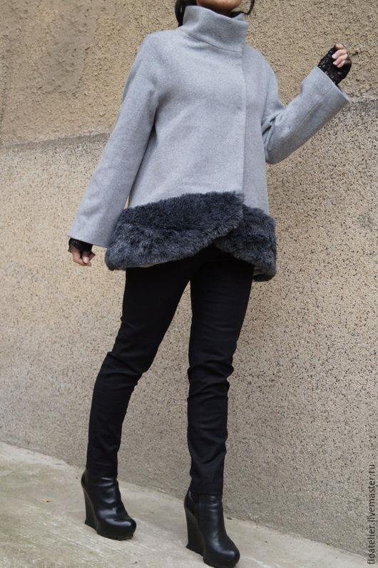 Верхняя одежда ручной работы. Ярмарка Мастеров - ручная работа. Купить Экстравагантное Пальто из шерсти/Пальто с мехом/F1534. Handmade. Серый
