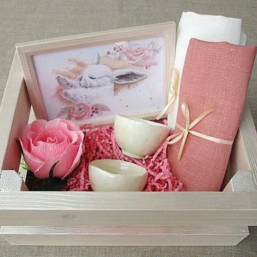 Сувениры и подарки ручной работы. Ярмарка Мастеров - ручная работа Подарочный набор с керамикой Розовый с Зайкой. Handmade.