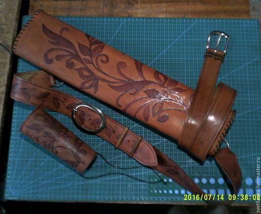Ролевые игры ручной работы. Ярмарка Мастеров - ручная работа. Купить Колчан для стрел из натуральной кожи и наруч (комплект). Handmade.
