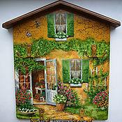 """Для дома и интерьера ручной работы. Ярмарка Мастеров - ручная работа Ключница вешалка """"Домик, окнами в сад"""". Handmade."""