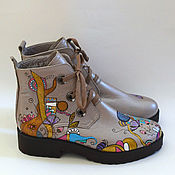 Обувь ручной работы. Ярмарка Мастеров - ручная работа Женские кожаные ботинки с росписью. Handmade.