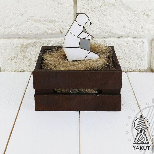 Броши ручной работы. Ярмарка Мастеров - ручная работа. Купить Деревянный значок Белый миша оригами / деревянная брошь Медведь. Handmade.