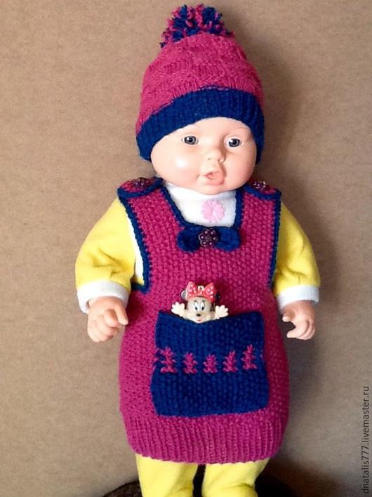 Вязаный комплект безрукавка и шапочка для новорожденной недорого купить. Авторская ручная работа, единственный экземпляр. ` Мир Добра`- подарок шапки. Ярмарка Мастеров. Купить подарок