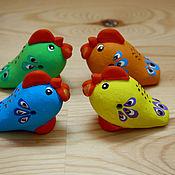 Подарки к праздникам ручной работы. Ярмарка Мастеров - ручная работа Петушки-свистульки. Handmade.