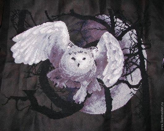 Животные ручной работы. Ярмарка Мастеров - ручная работа. Купить Белая Сова. Handmade. Черный, ночь, мулине, луна, канва