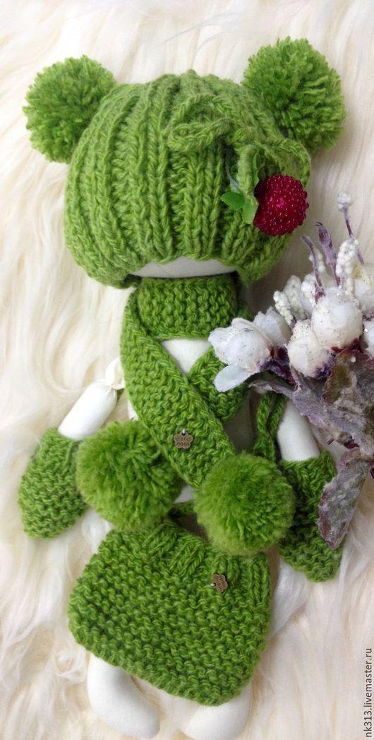 """Одежда для кукол ручной работы. Ярмарка Мастеров - ручная работа. Купить Одежда для кукол. Комплект """"Ягодка"""". Handmade. Зеленый, шапочка"""