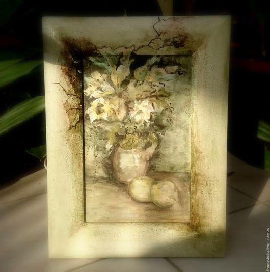 Рама из натурального соснового массива для картин,фото и зеркал.  Применены кракелюрные лаки и состаривание. Винтаж. Сказка в теплоте рук Алёны Коневой