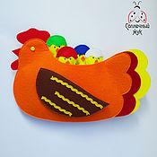 Куклы и игрушки ручной работы. Ярмарка Мастеров - ручная работа Развивающий набор из фетра с кармашками на сортировку по цвету. Handmade.