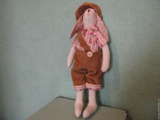 Куклы Тильды ручной работы. Ярмарка Мастеров - ручная работа. Купить Заяц Гаврош. Handmade. Коричневый, подарок на день рождения