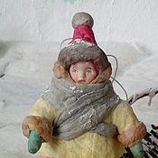 Подарки к праздникам ручной работы. Ярмарка Мастеров - ручная работа Ватная елочная игрушка КАРАПУЗ. Handmade.