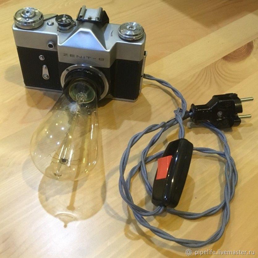 работает она светильник в форме объектива фотоаппарата делом отдельной посуде