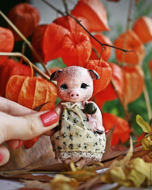 Куклы и игрушки ручной работы. Ярмарка Мастеров - ручная работа. Купить Свинка Лаура. Handmade. Комбинированный, свинья, крошка на ладошке