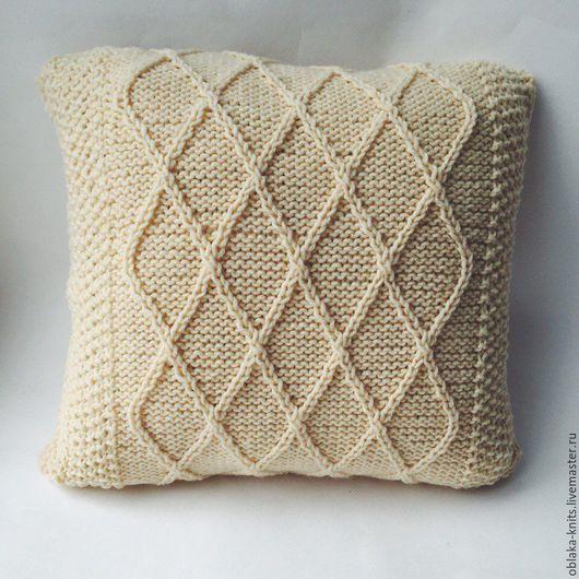 Текстиль, ковры ручной работы. Ярмарка Мастеров - ручная работа. Купить Вязаная подушка для интерьера. Handmade. Белый, ванильный, молочный