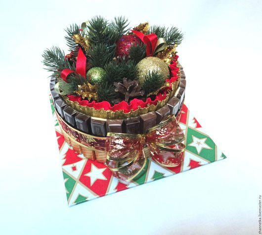 Новый год 2017 ручной работы. Ярмарка Мастеров - ручная работа. Купить Тортик из шоколада в подарок.. Handmade. Разноцветный, подарок
