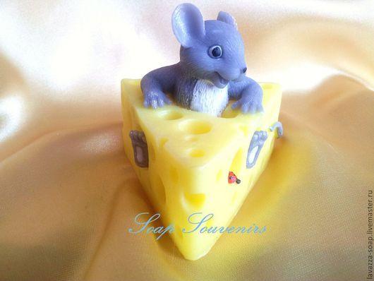 Мыло ручной работы. Ярмарка Мастеров - ручная работа. Купить Мыло Мышка в сыре. Handmade. Желтый, мышки, мыло в подарок
