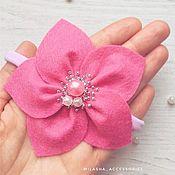 Одежда ручной работы. Ярмарка Мастеров - ручная работа Повязочка на голову Цветок с расшитой сердцевиной. Handmade.