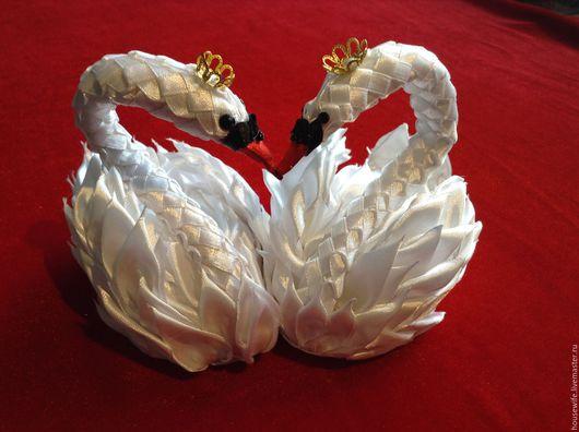 Подарки на свадьбу ручной работы. Ярмарка Мастеров - ручная работа. Купить Белые лебеди из атласа. Handmade. Белый, Молодоженам