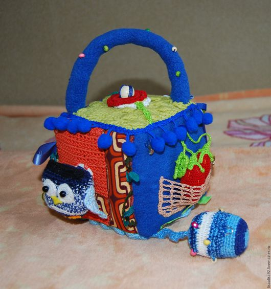 Развивающие игрушки ручной работы. Ярмарка Мастеров - ручная работа. Купить Развивающий кубик. Handmade. Комбинированный, мягкий кубик