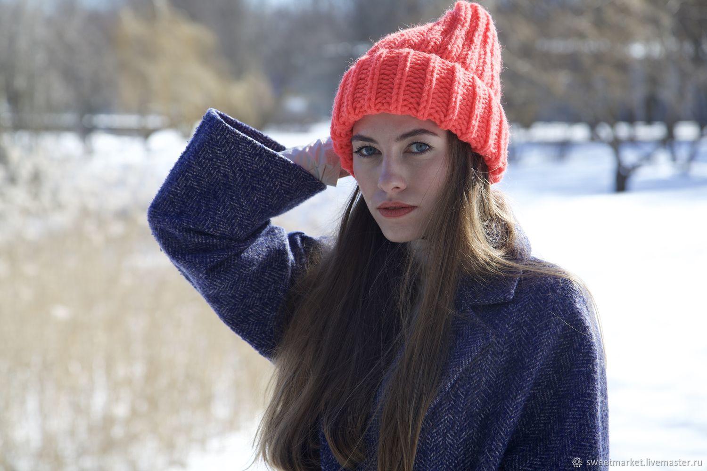 The hat is bright orange, Caps, St. Petersburg,  Фото №1