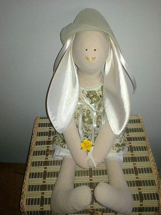 Броши ручной работы. Ярмарка Мастеров - ручная работа. Купить Тильда заяц. Handmade. Кукла ручной работы, кукла Тильда