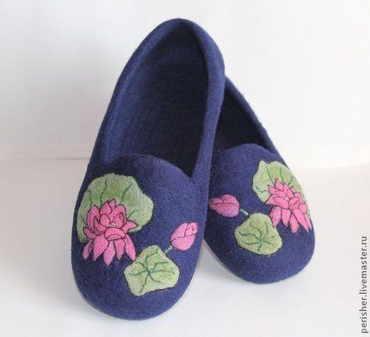 """Обувь ручной работы. Ярмарка Мастеров - ручная работа. Купить Тапочки """"Лотос"""". Handmade. Тёмно-синий, Тапочки ручной работы"""