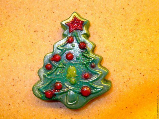 """Мыло ручной работы. Ярмарка Мастеров - ручная работа. Купить Мыло """"Ёлка 1"""". Handmade. Зеленый, елка, новогоднее мыло"""