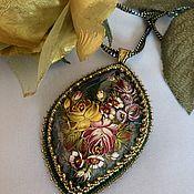 Украшения handmade. Livemaster - original item Pendant: Russian souvenir hand painted Zhostovo beads. Handmade.
