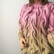 Одежда ручной работы. Ярмарка Мастеров - ручная работа Вязаный свитер с градиентом бежево-розового цвета. Handmade.