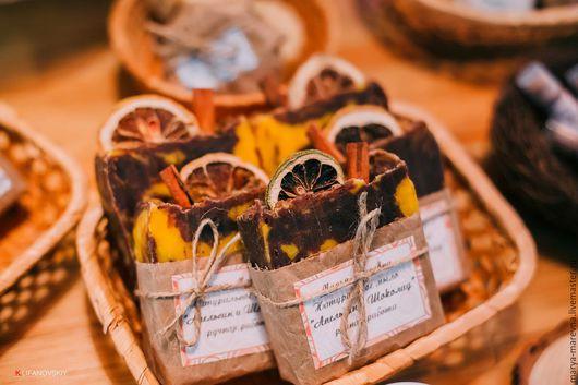 Мыло ручной работы. Ярмарка Мастеров - ручная работа. Купить Новогоднее мыло Апельсин-шоколад с нуля. Handmade. Коричневый, новогодний