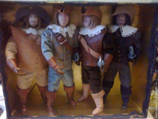 Коллекционные куклы ручной работы. Ярмарка Мастеров - ручная работа. Купить мушкетеры. Handmade. Бежевый, камзол, шелк, бархат, кружево