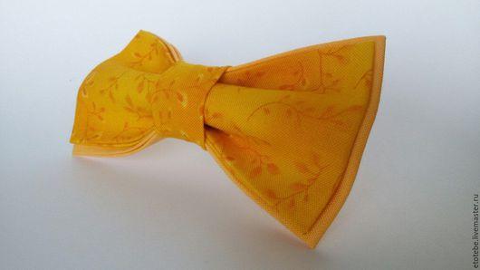 """Галстуки, бабочки ручной работы. Ярмарка Мастеров - ручная работа. Купить Галстук-бабочка """"Мелкий цветочек на желтом"""". Handmade. Желтый"""