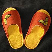"""Обувь ручной работы. Ярмарка Мастеров - ручная работа Валяные тапочки """"Желтые бабочки"""" (женские). Handmade."""