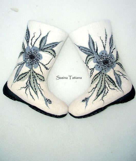 """Обувь ручной работы. Ярмарка Мастеров - ручная работа. Купить Валенки """"Графика"""". Handmade. Дизайнерские валенки, бисер"""