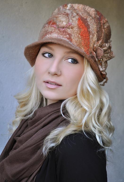 "Шляпы ручной работы. Ярмарка Мастеров - ручная работа. Купить Шляпа ""Капучино"". Валяная, шерстяная. Бежевая.. Handmade. Шапка"