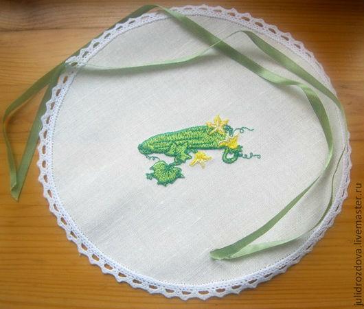 """Кухня ручной работы. Ярмарка Мастеров - ручная работа. Купить Льняная крышечка """"Огурчики - соленые, маринованные, хрустящие"""". Handmade. Зеленый"""