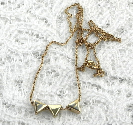 Винтажные украшения. Ярмарка Мастеров - ручная работа. Купить Детская цепочка Треугольнички,США,подарок девочке,дочке,винтаж. Handmade.