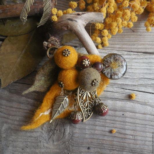 """Броши ручной работы. Ярмарка Мастеров - ручная работа. Купить Брошь-булавка""""Сухая мимоза"""". Handmade. Желтый, булавка для шарфа"""