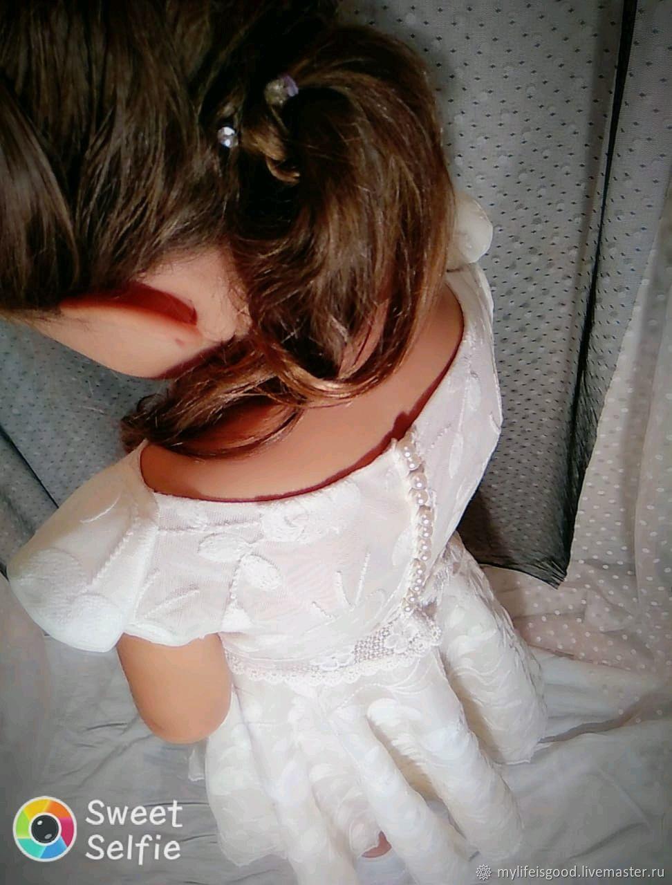 Кружевное платье для девочки.Нарядное