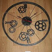 """Часы классические ручной работы. Ярмарка Мастеров - ручная работа Часы """"Велоколесо"""". Handmade."""